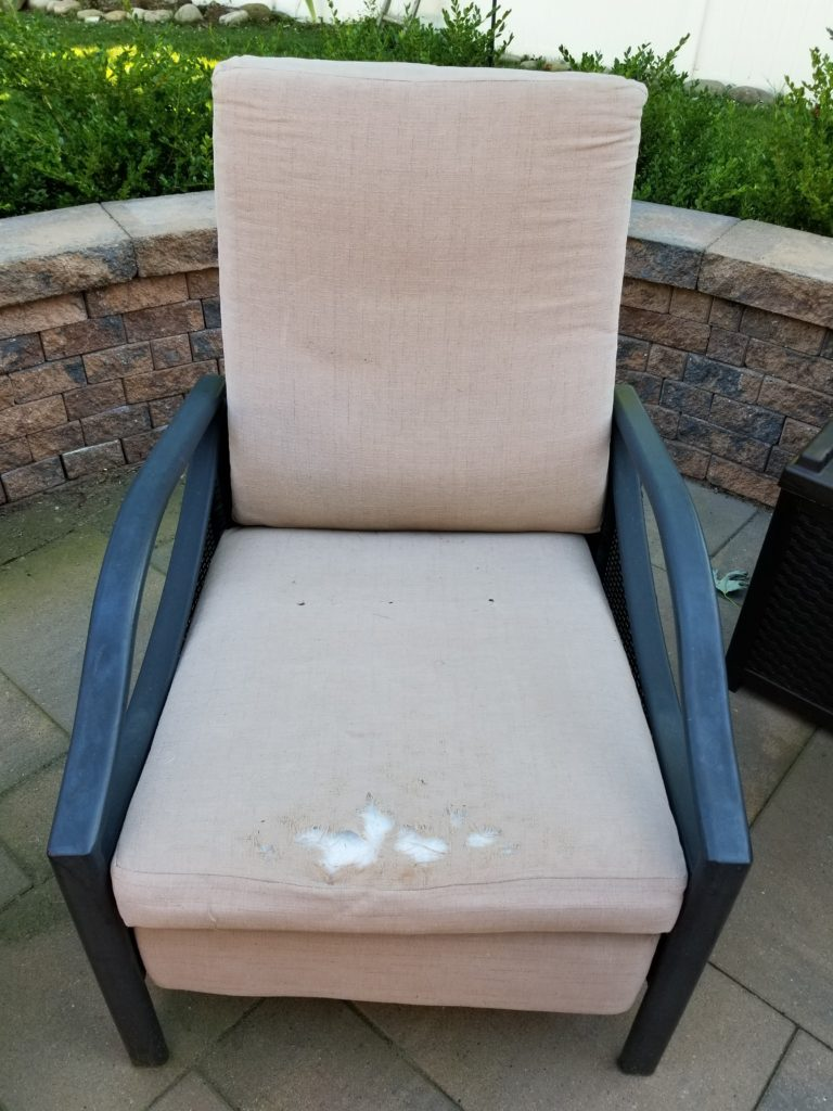 Re Upholstering An Outdoor Recliner Dizzy Quilter